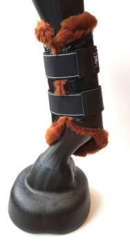 Mattes Dressurgamaschen mit Lammfelleinlage - verschiedene Farben und Größen - sofort verfügbar